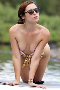 Model Elena Generi in SUP